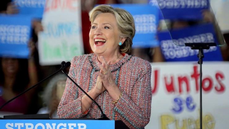 Prasa: już wczesne głosowanie może przesądzić o zwycięstwie Clinton