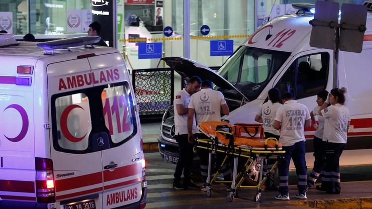 Eksplozje i strzały na lotnisku w Stambule. Wielu zabitych i rannych