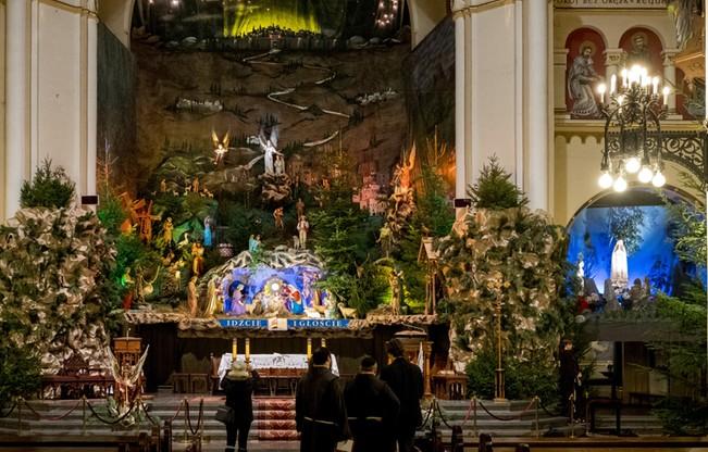 Szopka u Franciszkanów w Katowicach