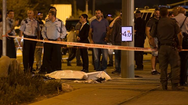 Izrael: Islamista zasztyletował dwie osoby