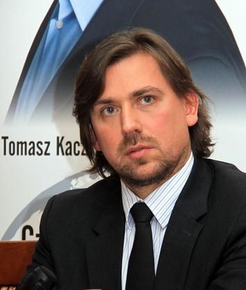Agent Tomek wyleci z PiS
