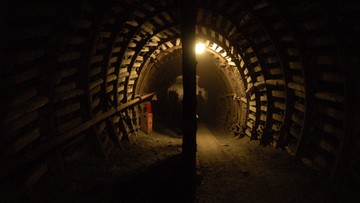 05-02-2016 12:46 Wypadek w kopalni złota w RPA. Uwięzionych około 35 osób