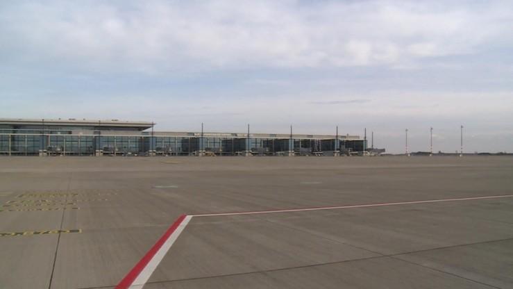 Berlin: nowe lotnisko nie będzie otwarte w 2017 r. Jedną z przyczyn jest problem z drzwiami