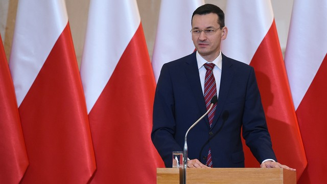 Morawiecki: popieram zakaz handlu w niedzielę