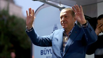 Niemiecka prasa o Erdoganie: dawne demony nie zniknęły