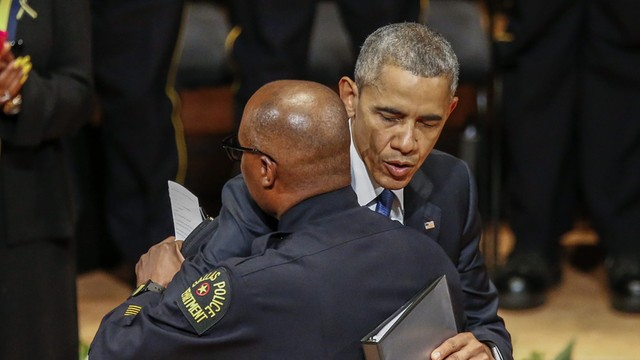 Obama zaapelował o szacunek dla policji przyznając, że w USA jest rasizm