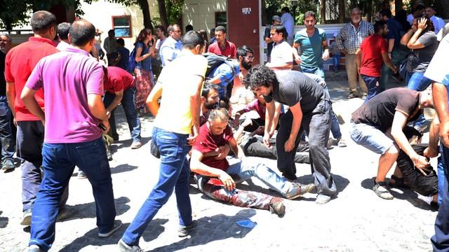 Turcja chce wzmocnić bezpieczeństwo po zamachu w Suruc