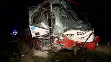 20-08-2017 20:47 Wypadek autobusu pod Wrocławiem. 14 osób zostało rannych