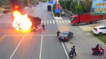 Motocyklista płonął jak pochodnia po zderzeniu z ciężarówką