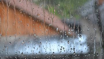 Będzie intensywnie padać. Ostrzeżenia dla ośmiu województw
