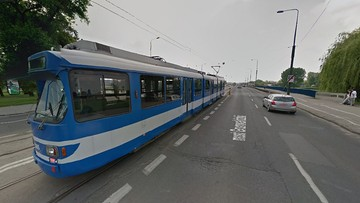 Kraków: nastolatek ugodzony nożem w tramwaju. Bo zwrócił uwagę pasażerowi