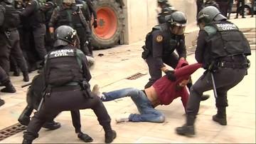01-10-2017 20:29 Referendum w Katalonii: kilkaset osób rannych w starciach z policją