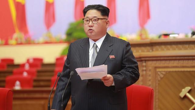 KE wzywa Koreę Północną do powstrzymania się od dalszych prowokacji