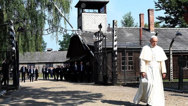 Oświęcim - ruszyła budowa Parku Pojednania Narodów
