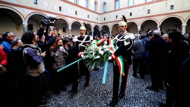 Tłumy na pogrzebie Umberto Eco w Mediolanie
