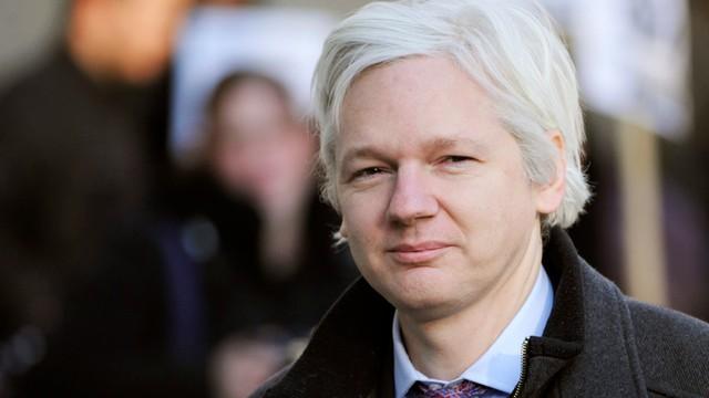 Brytyjska policja: Twórca WikiLeaks zostanie aresztowany, jak opuści ambasadę