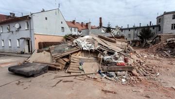 09-04-2017 16:40 Trzydniowa żałoba w Świebodzicach