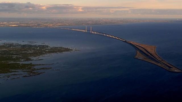 Szwecja zawiesza połączenia kolejowe z Danią. Boją się napływu uchodźców