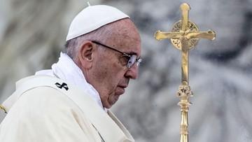 26-05-2016 21:04 Papież mówił w Boże Ciało o poświęcaniu się dla innych