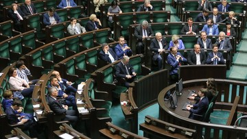 """12-05-2016 01:35 Sejm przyjął """"raport"""" z audytu rządów PO-PSL. """"Będą wnioski do prokuratury i NIK"""""""