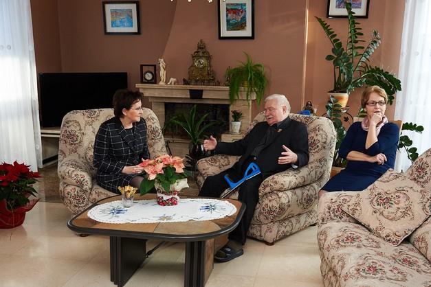 Premier Kopacz odwiedziła Lecha Wałęsę