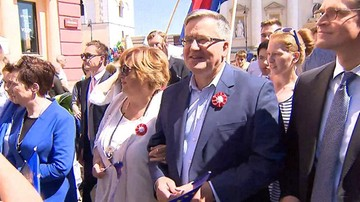 Parada Schumana na ulicach Warszawy. Poparcie dla integracji z UE