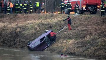 W wydobytym z Wisłoka aucie były ciała trzech poszukiwanych nastolatek i dwóch mężczyzn