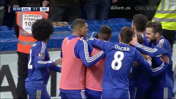 Ten gol dał mistrzostwo Leicester City. Co za uderzenie Edena Hazarda!