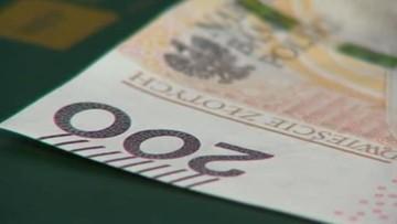 20-04-2016 18:18 857 mld 999,5 mln zł – tyle wynosi dług Skarbu Państwa na koniec lutego