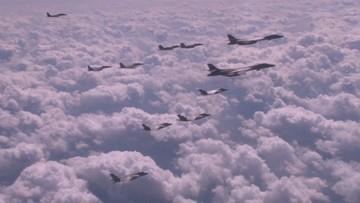 Bombowce i myśliwce USA przeprowadziły manewry nad Półwyspem Koreańskim