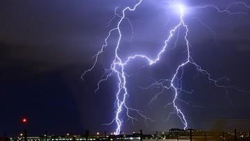 Gwałtowne burze nad Niemcami. Podtopienia i paraliż lotniska w Hamburgu