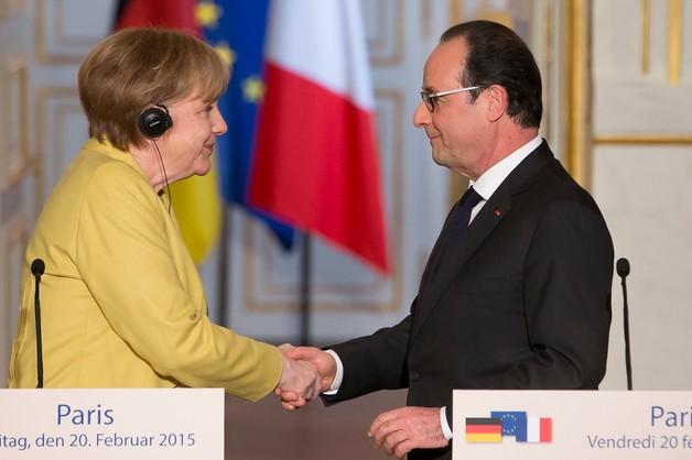 Hollande i Merkel grożą Rosji kolejnymi sankcjami