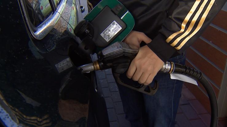 Analitycy: w przyszłym tygodniu możliwe dalsze spadki cen paliw na stacjach