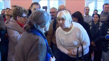 """04-03-2016 14:19 """"Hańba!"""", """"To nie jest miejsce na wiec wyborczy!"""" - awantura na spotkaniu z udziałem Anny Marii Anders w Suwałkach"""