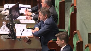 Zablokują wyrzucenie dziennikarzy? Opozycja i część PiS przeciwko planom marszałka Sejmu
