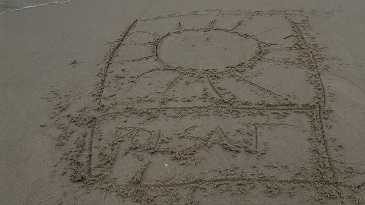 2017-05-04 Logo Polsatu na piasku