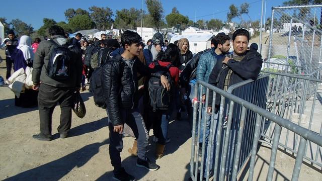 Grecja: napływ migrantów w kwietniu mocno zmalał