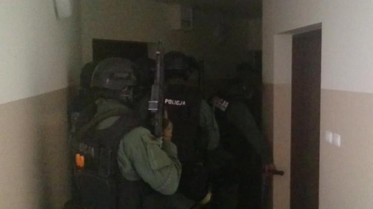 Zatrzymano 24 osoby podejrzane o przemyt 800 kg narkotyków