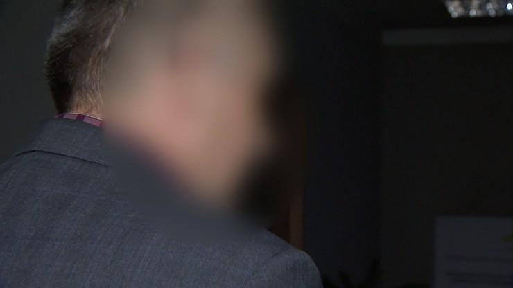 Domniemany gwałciciel nieletnich - urzędnik z Sieradza - aresztowany