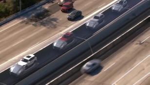 Drogowe platformy do przewozu aut. Nowy pomysł na rozładowanie korków w miastach