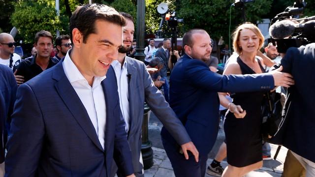 Pięć partii poprze Ciprasa podczas negocjacji z wierzycielami