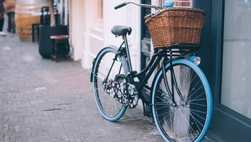 """Florencja usuwa rowery parkowane przy zabytkach. W trosce o """"godny"""" wygląd miasta"""