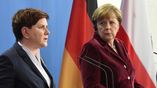 Premier Szydło spotkała się w Stambule z kanclerz Niemiec