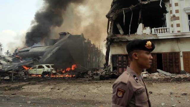 Indonezja: już 141 ofiar katastrofy samolotu wojskowego na Sumatrze
