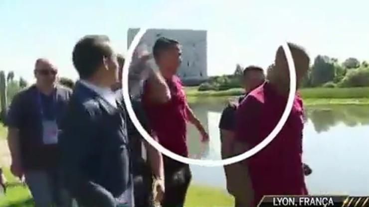 Wściekły Ronaldo. Wyrzucił do rzeki mikrofon dziennikarza