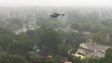 Władze USA: co najmniej 9 ofiar śmiertelnych powodzi w Teksasie