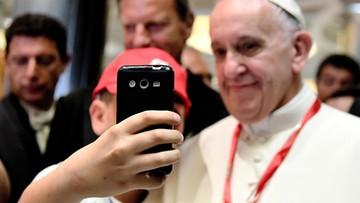 28-05-2016 17:03 Papież: migranci nie są zagrożeniem, oni sami są w niebezpieczeństwie