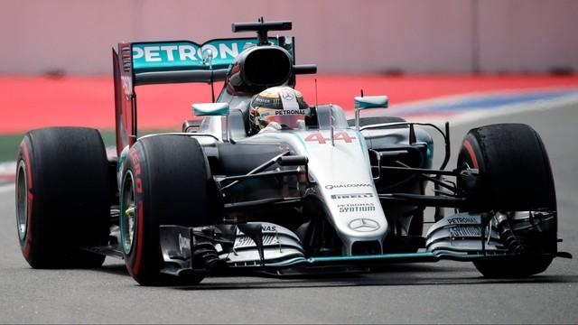 Grand Prix Rosji: Rosberg i Hamilton najlepsi na treningach