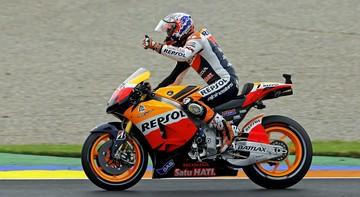 2015-11-23 Casey Stoner przechodzi z Hondy do Ducati