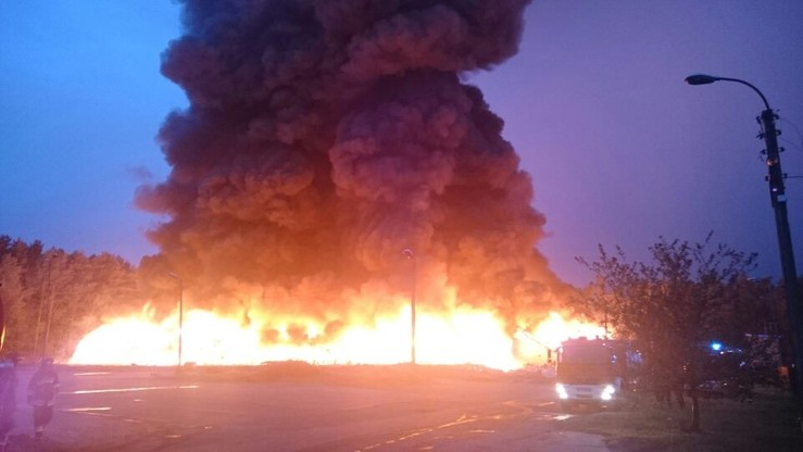 2016-09-26 Wielki pożar odpadów pod Starachowicami